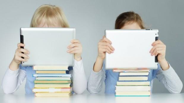 http://www.sdpnoticias.com/estilo-de-vida/2014/08/23/lectura-en-dispositivos-moviles-una-perdida-de-tiempo